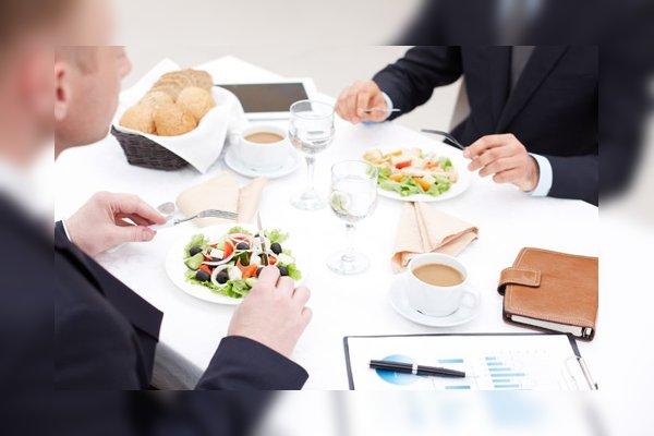 comida negocios ejecutivos modales