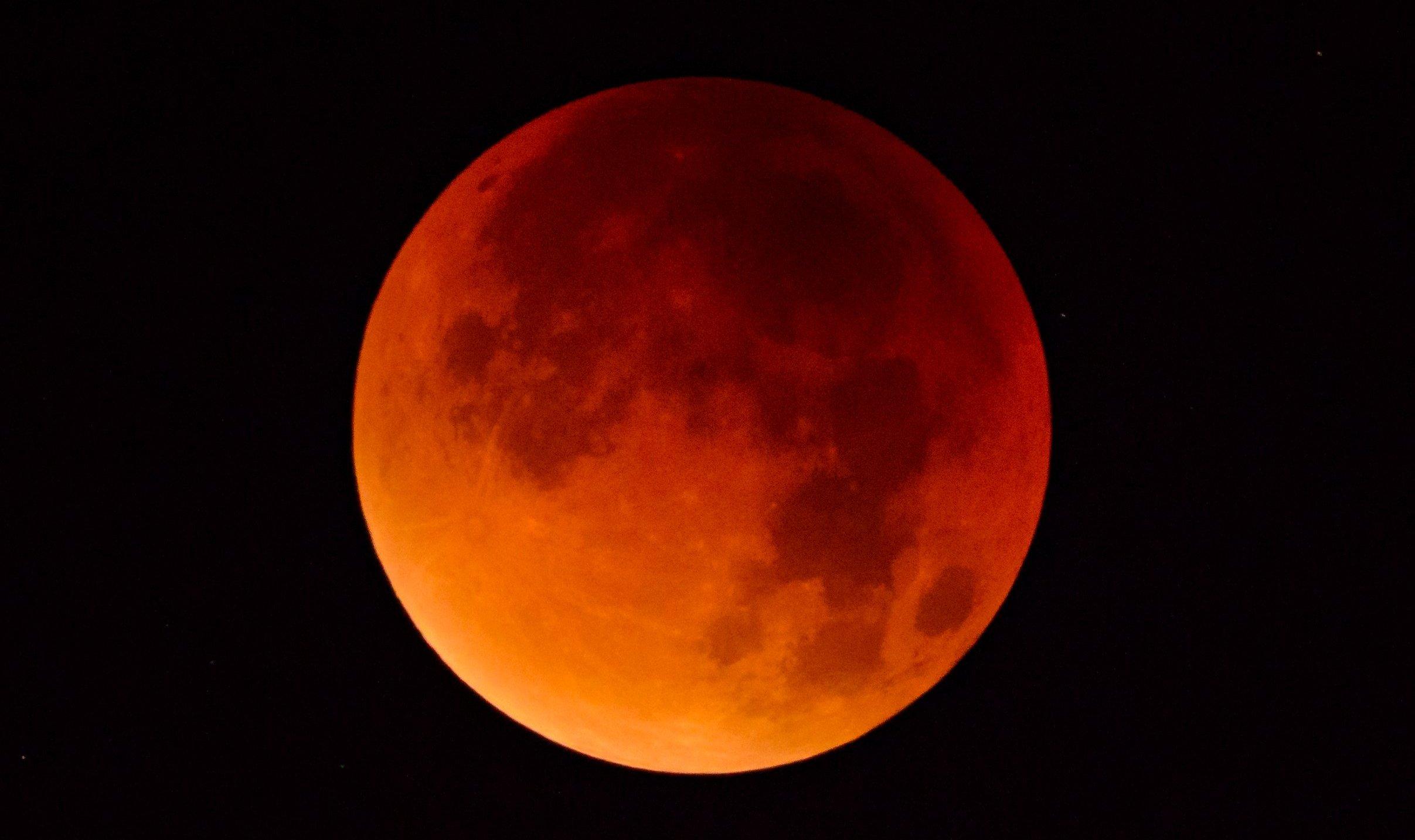 Luna de Sangre – Elipse Total de Luna – 27 Julio 2018